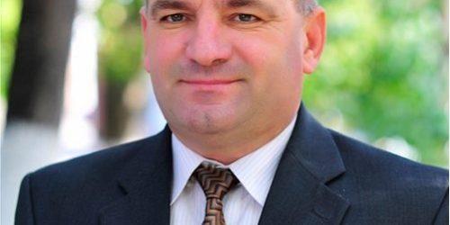 3 Mihai Zeamă Profesor de Istorie